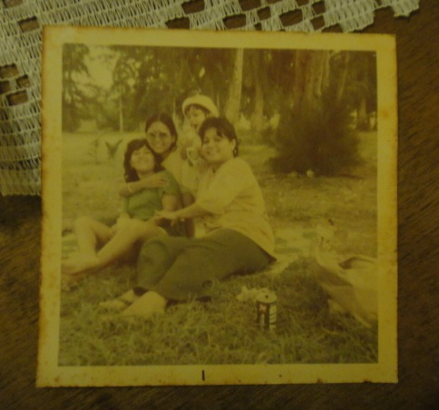 Nina, A. Annie, me, mom
